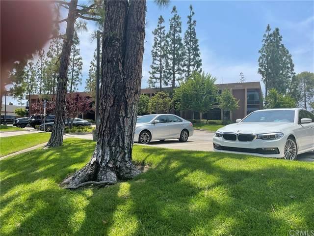 23276 S Pointe Drive #201, Laguna Hills, CA 92653 (#OC21162716) :: Zen Ziejewski and Team