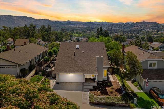2356 Lochridge Place, Escondido, CA 92026 (#SW21157900) :: Mark Nazzal Real Estate Group