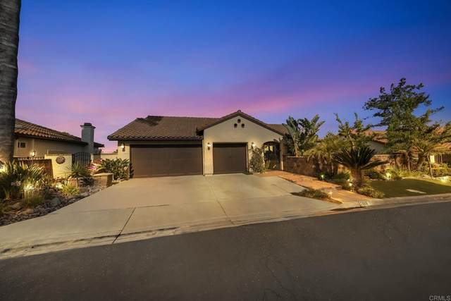 3917 Bluff Place, Escondido, CA 92025 (#PTP2105222) :: Eight Luxe Homes