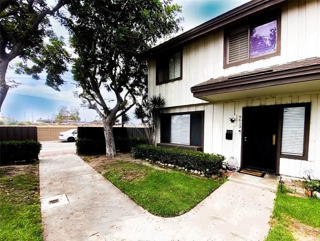 9613 Karmont Avenue, South Gate, CA 90280 (#DW21162835) :: The Kohler Group