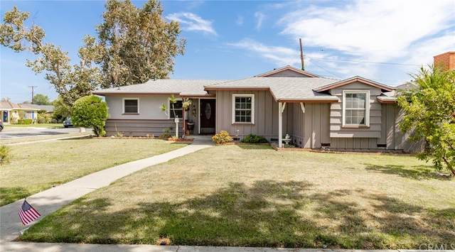 1033 W 18th Street, Santa Ana, CA 92706 (#LG21162880) :: Veronica Encinas Team