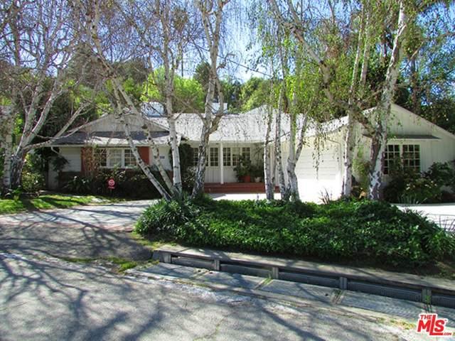 4031 Hollyline Avenue, Sherman Oaks, CA 91423 (#21765082) :: Steele Canyon Realty