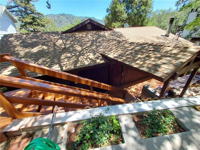 24720 Edelwiess Drive, Crestline, CA 92325 (#PW21162955) :: Steele Canyon Realty