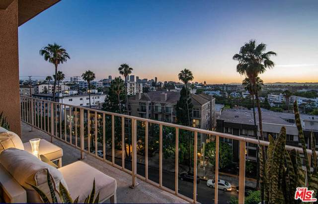 100 S Doheny Drive #702, Los Angeles (City), CA 90048 (#21764784) :: Holmes Muirhead Team at Reviron Realty