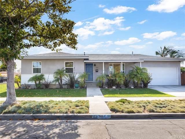 701 Firmona Avenue, Redondo Beach, CA 90278 (#SB21149266) :: Hart Coastal Group