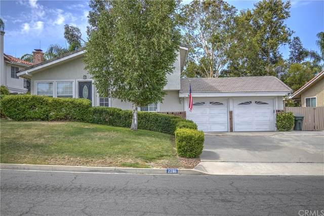 22911 Compass Drive, Canyon Lake, CA 92587 (#SW21160101) :: Cochren Realty Team | KW the Lakes
