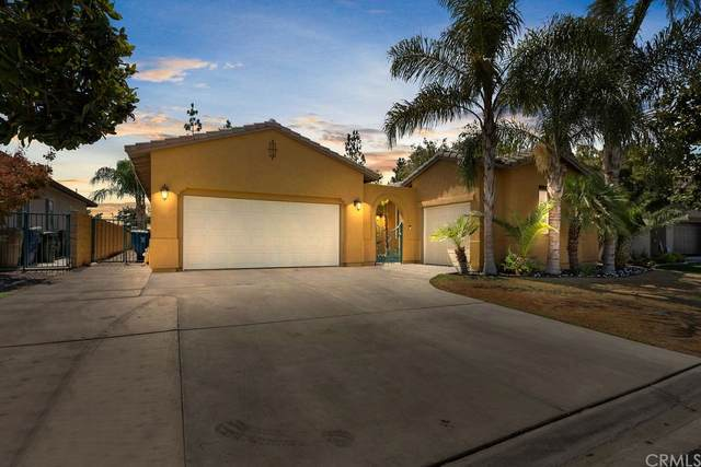 5011 Pelican Hill Drive, Bakersfield, CA 93312 (#BB21162314) :: Eight Luxe Homes