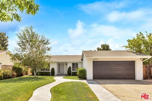 22379 Barbacoa Drive, Santa Clarita, CA 91350 (#21761108) :: Eight Luxe Homes