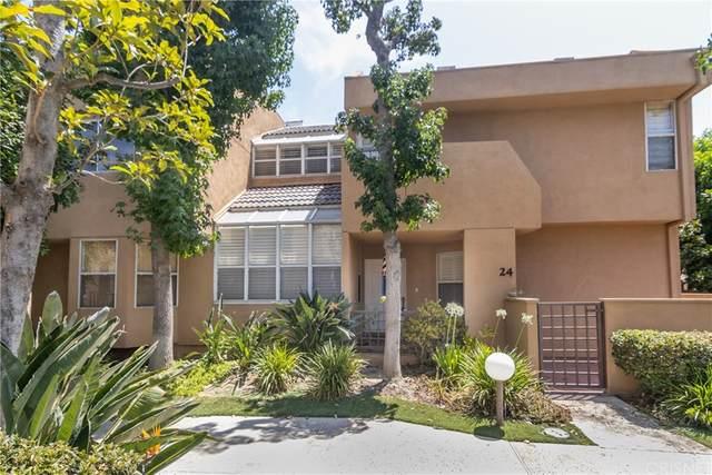 18730 Hatteras Street #24, Tarzana, CA 91356 (#SR21164489) :: The Kohler Group