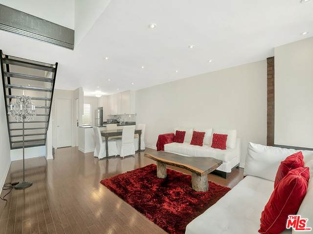 5951 Canterbury Drive #8, Culver City, CA 90230 (#21766006) :: Eight Luxe Homes