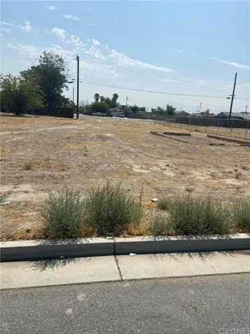 3516 Lotus Lane, Bakersfield, CA 93307 (#SR21165467) :: Cochren Realty Team | KW the Lakes