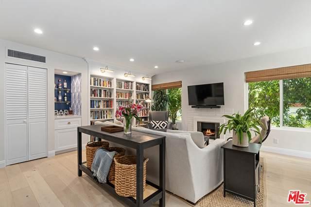 831 S Gretna Green Way #104, Los Angeles (City), CA 90049 (#21765274) :: Legacy 15 Real Estate Brokers
