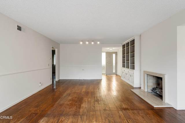 216 E Bay Boulevard E, Port Hueneme, CA 93041 (#V1-7429) :: Mark Nazzal Real Estate Group