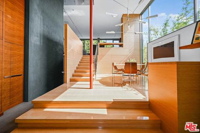 543 Rialto Avenue, Venice, CA 90291 (#21763242) :: Powerhouse Real Estate