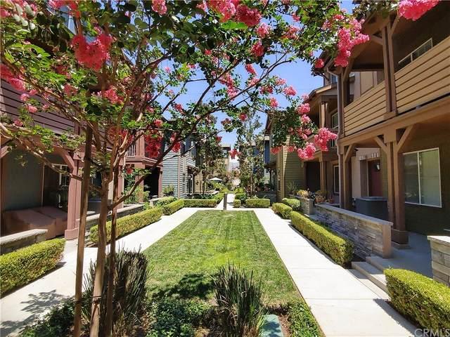711 S Azusa Avenue H, Azusa, CA 91702 (#OC21164213) :: Mint Real Estate