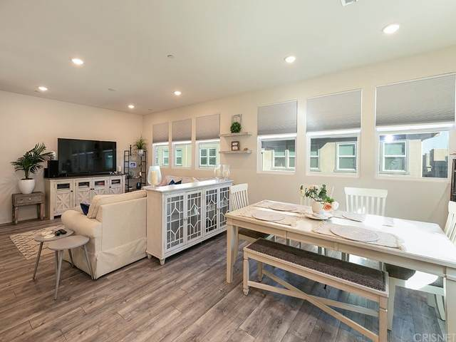 12808 N Watt Lane C, Sylmar, CA 91342 (#SR21166023) :: Jett Real Estate Group