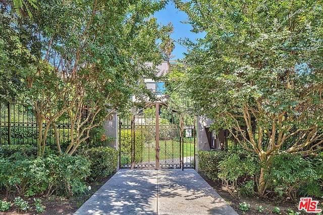 950 N Kings Road #120, West Hollywood, CA 90069 (#21766552) :: American Real Estate List & Sell