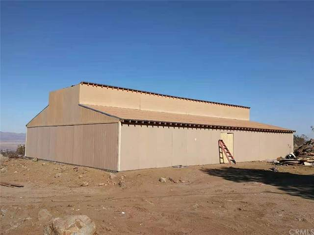 31576 Emerald Road, Lucerne Valley, CA 92356 (#TR21166237) :: Cochren Realty Team | KW the Lakes