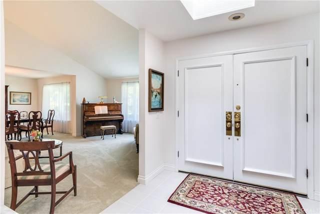 664 Golden West Drive, Redlands, CA 92373 (#EV21165494) :: Mark Nazzal Real Estate Group