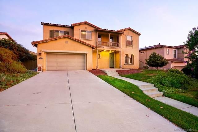 2413 Honeybell Ln, Escondido, CA 92027 (#210021403) :: Eight Luxe Homes
