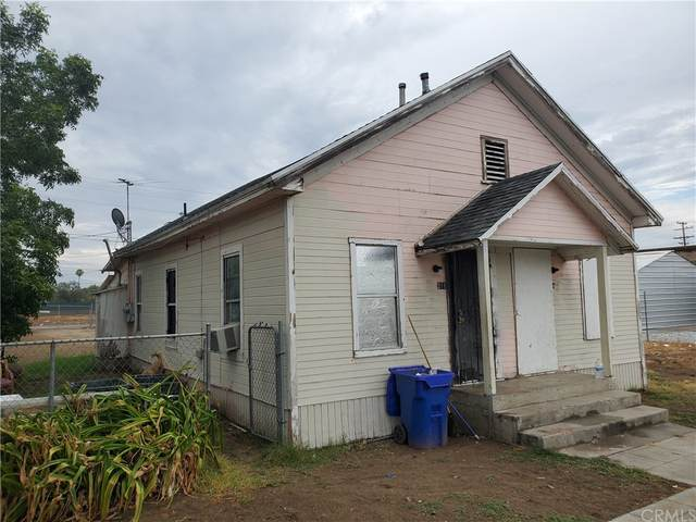 211 S Olive Avenue, Rialto, CA 92376 (#IV21166414) :: Mark Nazzal Real Estate Group