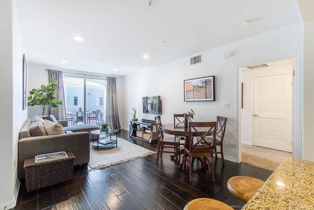 3740 Santa Rosalia Drive #420, Los Angeles (City), CA 90008 (#SB21166523) :: Jett Real Estate Group