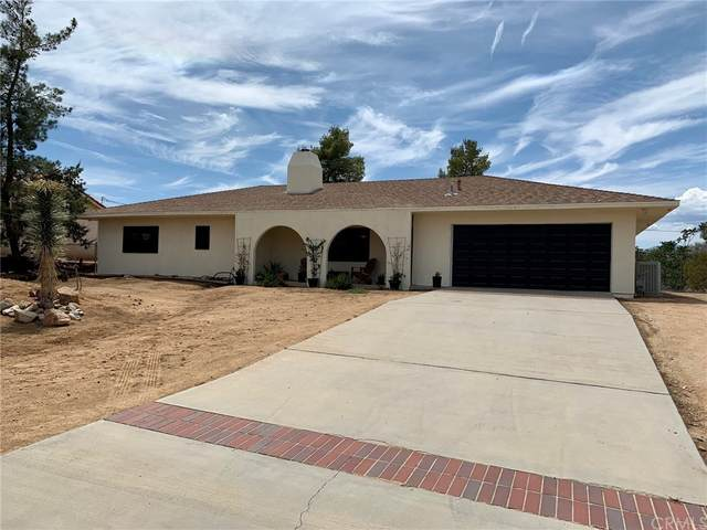 7656 Hanford Avenue, Yucca Valley, CA 92284 (#JT21164325) :: Elevate Palm Springs