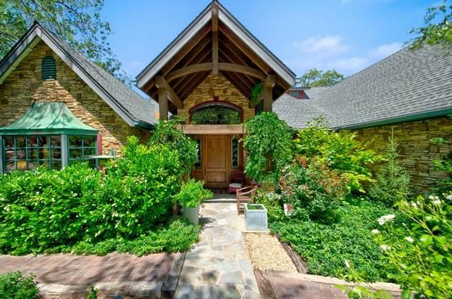 940 Shelter Ridge Lane, Lake Arrowhead, CA 92352 (#219065526PS) :: Jett Real Estate Group