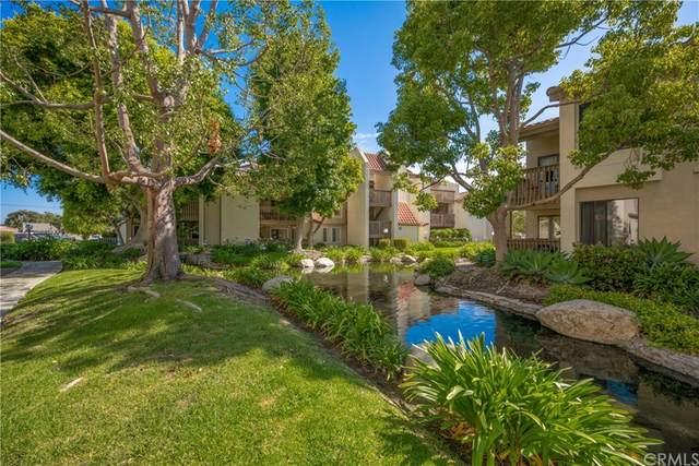 4831 Lago Drive #103, Huntington Beach, CA 92649 (#OC21166909) :: eXp Realty of California Inc.