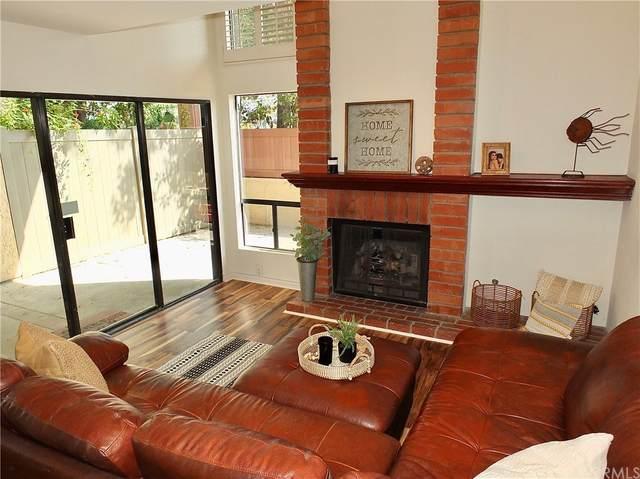 102 Aspen Lane, Costa Mesa, CA 92627 (#OC21167588) :: Mint Real Estate