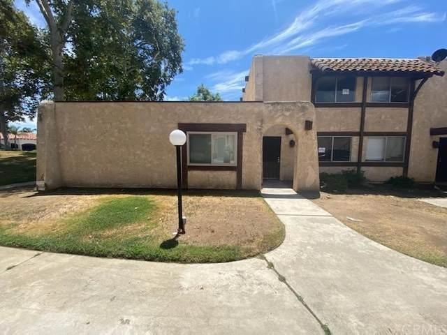 12196 Carnation Lane B, Moreno Valley, CA 92557 (#IV21167580) :: A|G Amaya Group Real Estate
