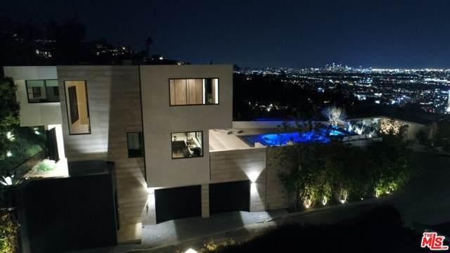 9393 Sierra Mar Drive, Los Angeles (City), CA 90069 (#21767080) :: Zutila, Inc.