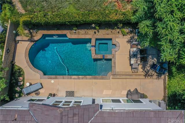 28451 Falcon Crest Drive, Canyon Country, CA 91351 (#SR21166443) :: The Najar Group