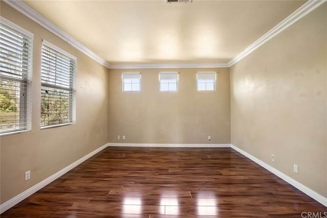 26 Crescent City, Irvine, CA 92602 (#LG21167807) :: RE/MAX Empire Properties