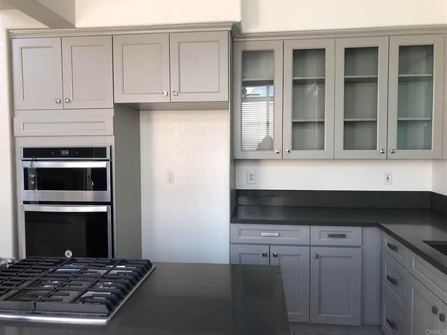 1549 Sapphire Lane, Vista, CA 92081 (#NDP2108936) :: Latrice Deluna Homes