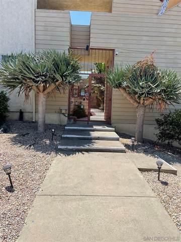 2451 Chicago St #12, San Diego, CA 92110 (#210021731) :: Massa & Associates Real Estate Group | eXp California Realty Inc