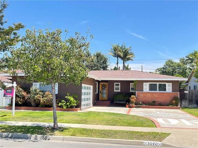 3040 Donnybrook Lane, Costa Mesa, CA 92626 (#PW21166118) :: Mint Real Estate