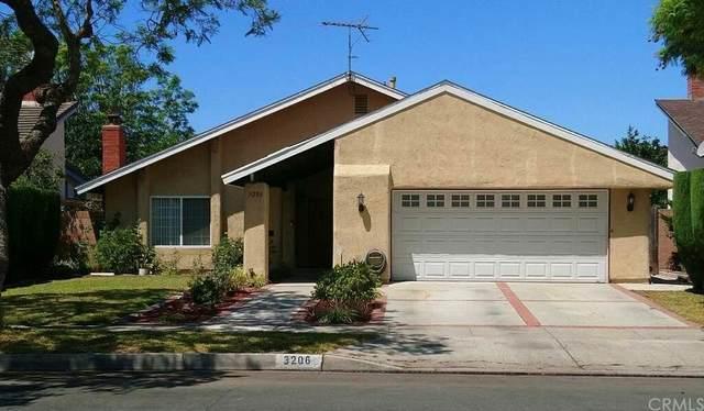 3206 S Diamond Street, Santa Ana, CA 92704 (#OC21168119) :: Zen Ziejewski and Team