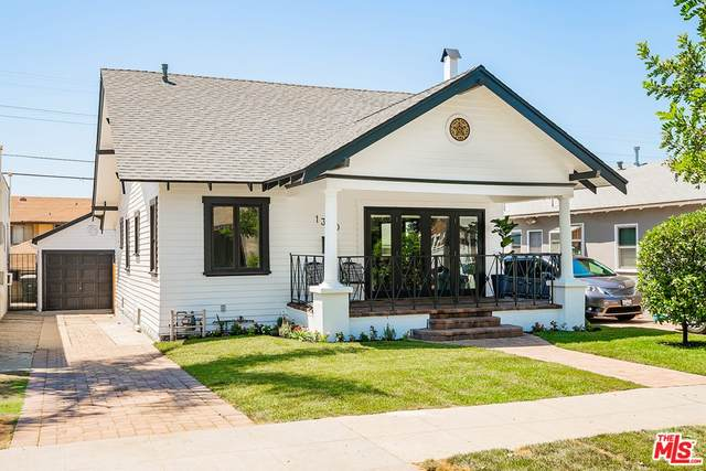 1350 Carlton Drive, Glendale, CA 91205 (#21766844) :: Doherty Real Estate Group