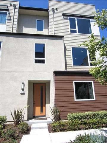 8016 Privet Lane, Downey, CA 90241 (#PV21168030) :: Mint Real Estate
