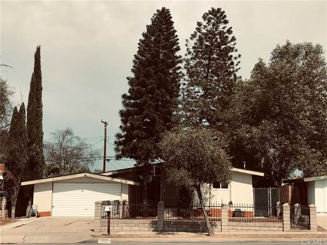 1517 S Lincoln Avenue, Corona, CA 92882 (#IG21168211) :: Z REALTY