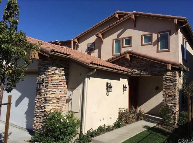 569 Via Pueblo, Riverside, CA 92507 (#IV21168733) :: Mint Real Estate