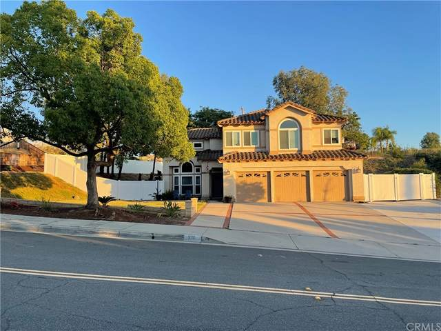 912 Clearwood Avenue, Riverside, CA 92506 (#CV21168954) :: Doherty Real Estate Group