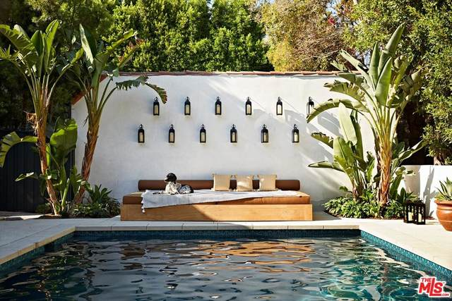 2020 N Serrano Avenue, Los Angeles (City), CA 90027 (#21744400) :: Latrice Deluna Homes