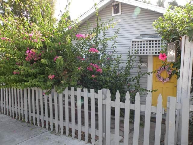 3717 Crestwood Place, San Diego, CA 92103 (#210021833) :: Latrice Deluna Homes