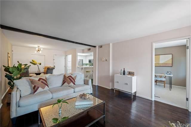 21500 Califa Street #87, Woodland Hills, CA 91367 (#SR21166588) :: Latrice Deluna Homes