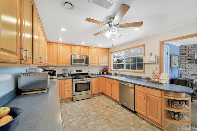 8454 Carlton Oaks Drive, Santee, CA 92071 (#PTP2105456) :: Latrice Deluna Homes