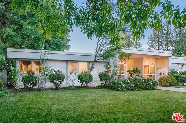 19929 Septo Street, Chatsworth, CA 91311 (#21767866) :: Cochren Realty Team | KW the Lakes