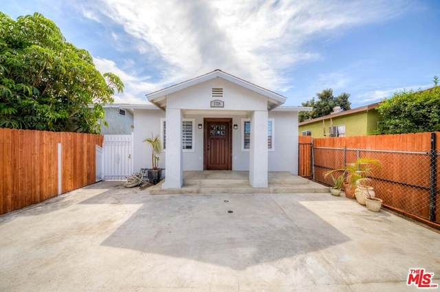 1726 W 37TH Place, Los Angeles (City), CA 90018 (#21767634) :: Frank Kenny Real Estate Team