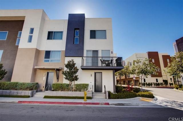 311 Mission Road, Montebello, CA 90640 (#PW21171239) :: Wendy Rich-Soto and Associates